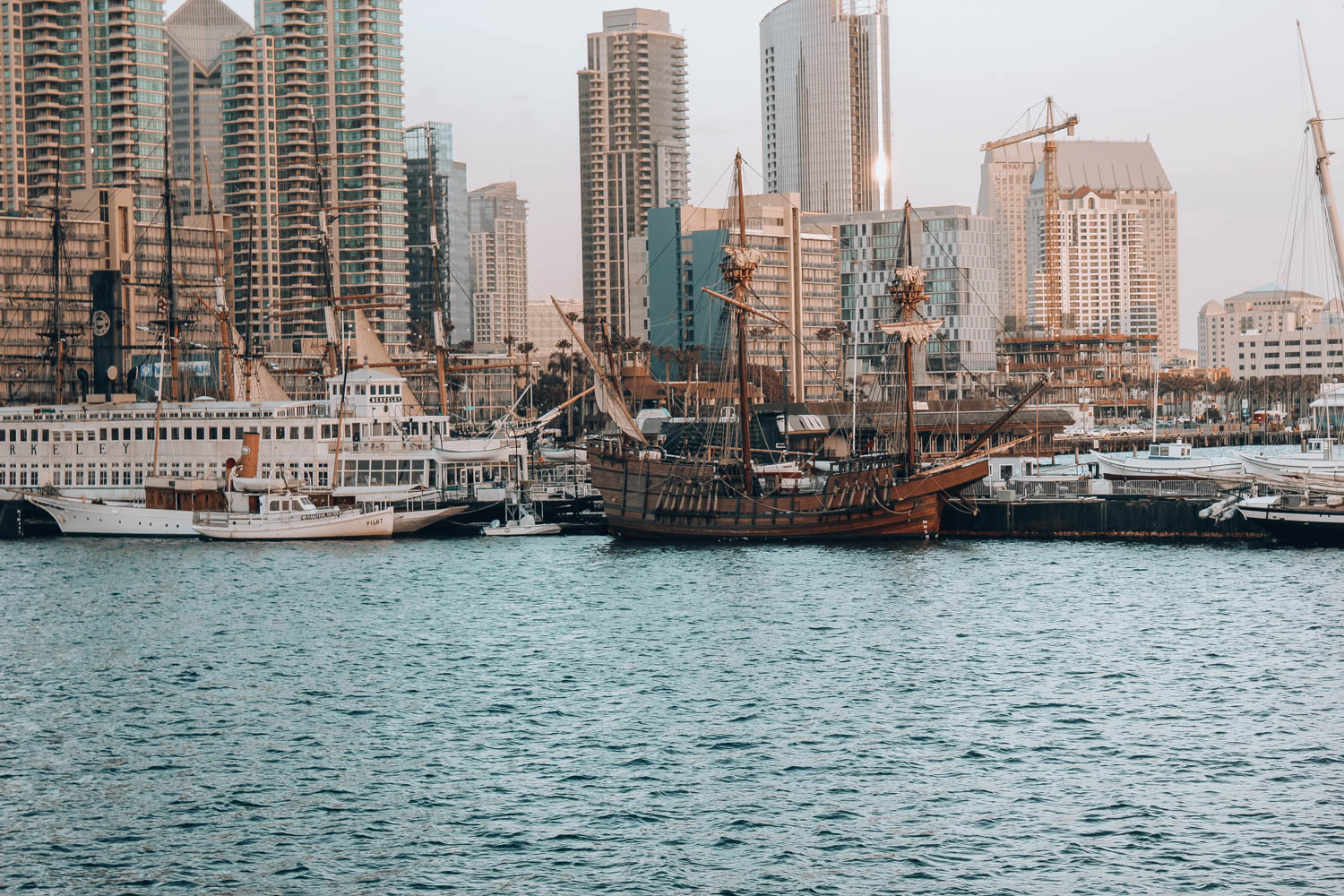 travel-guide-san-diego-recommendations-hornblower-cruise5